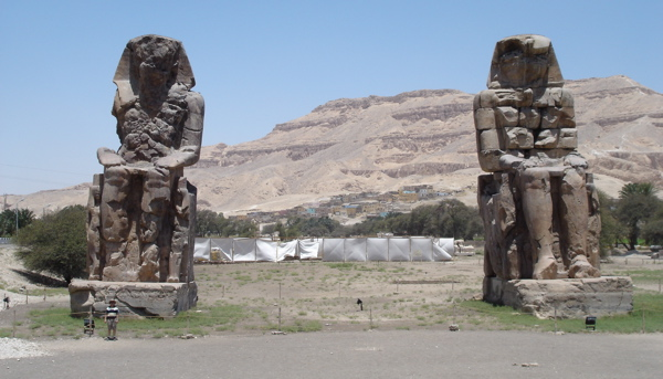 colossi-of-memnon.jpg