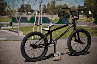 justinbike.jpg
