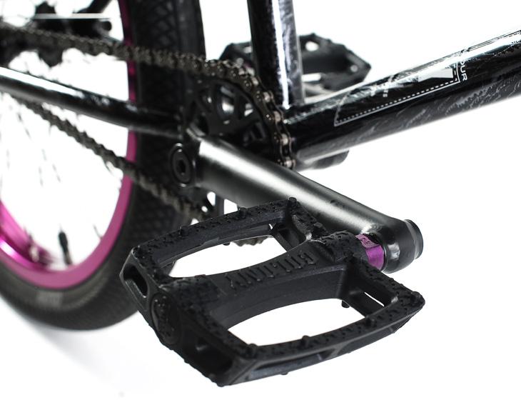 endeavour-silver-storm-pedals