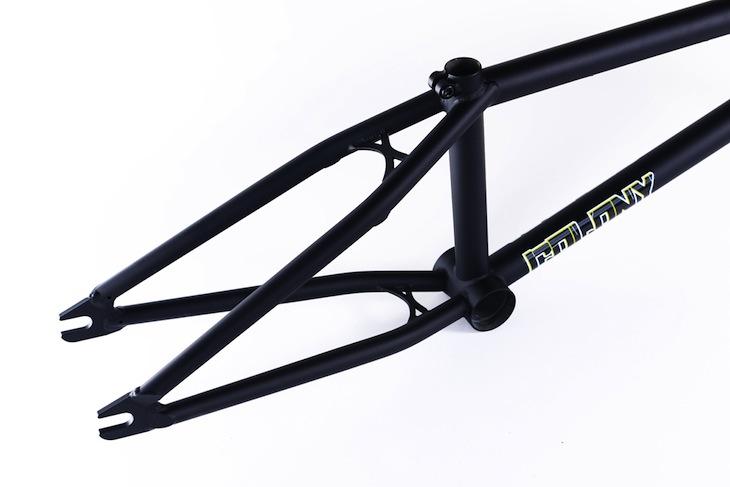 sweetooth-black-rear