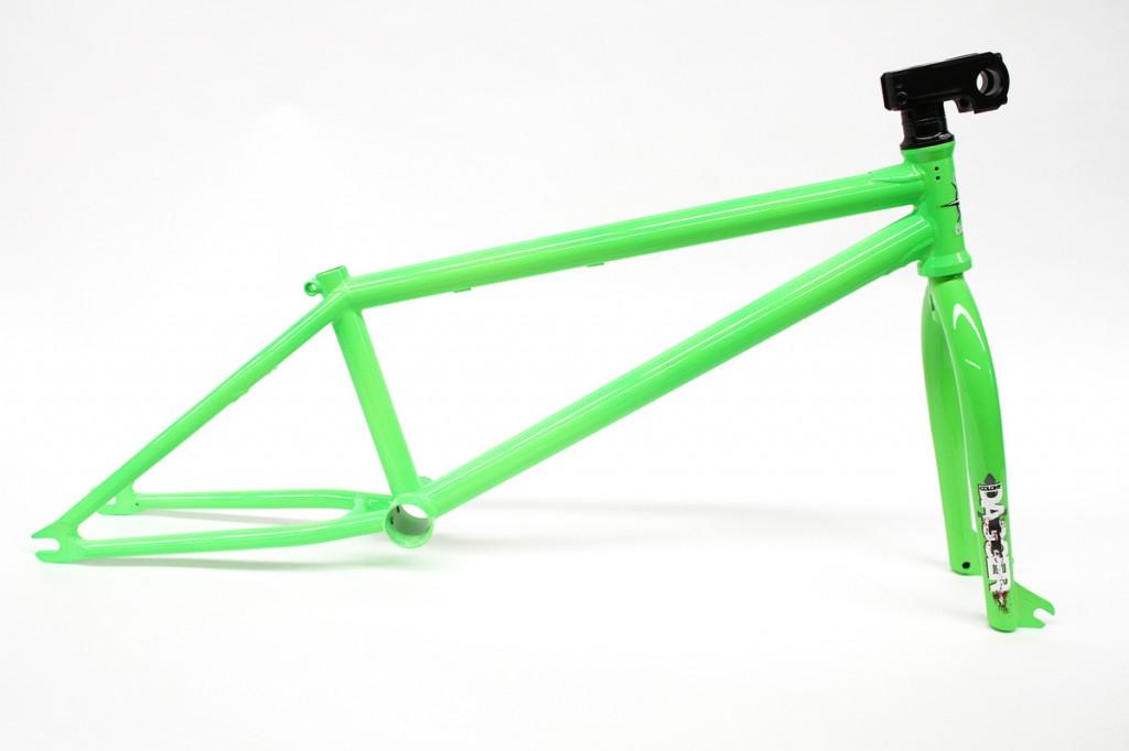 Castaway-Fluro-Green-Side
