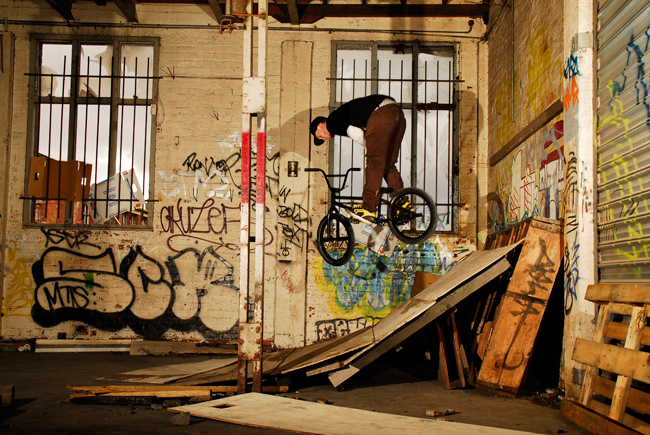 marnold-truck-fakie-warehouse